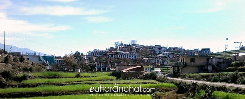 Village Paana