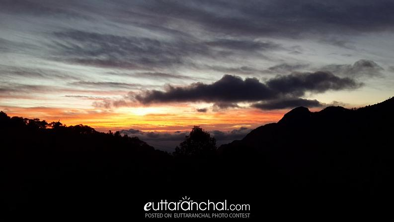 Sunset view from Narendra Nagar, Tehri