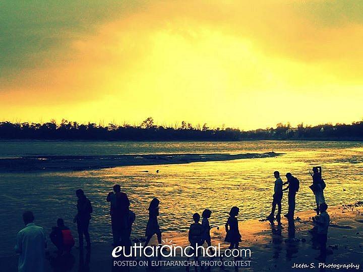 An evening by Triveni Ghat