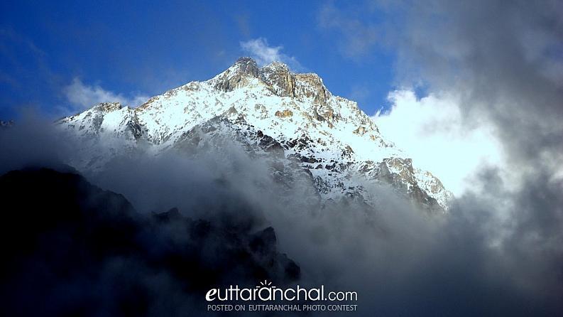 trishul parwat (himalayas)