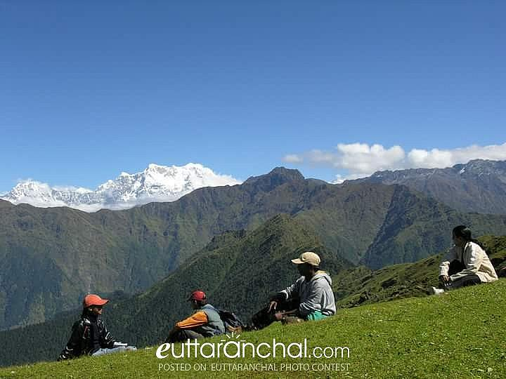 View of Chaukhamba peaks from Meadows of Tungnath