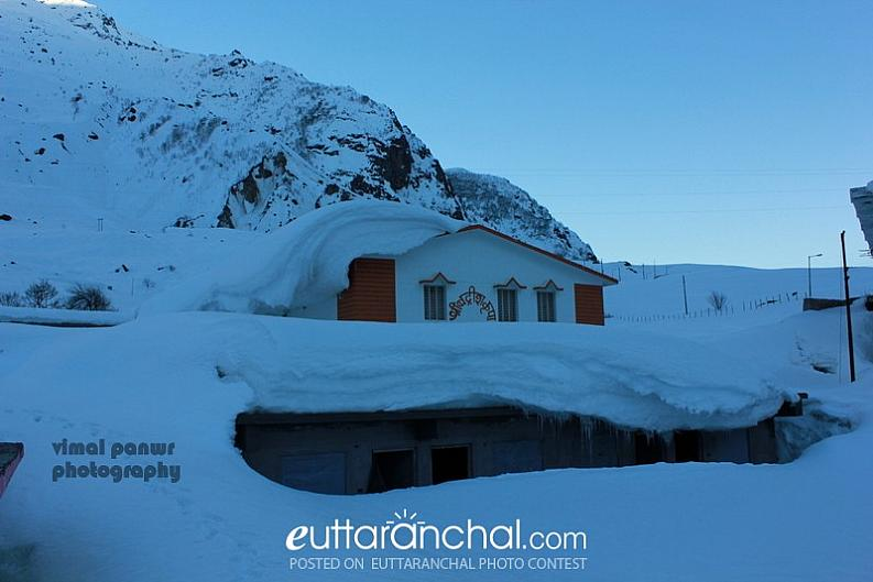 Snowbound Badrinath