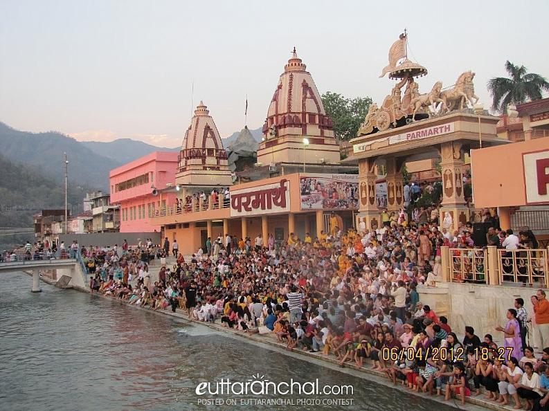 Evening aarti at Rishikesh
