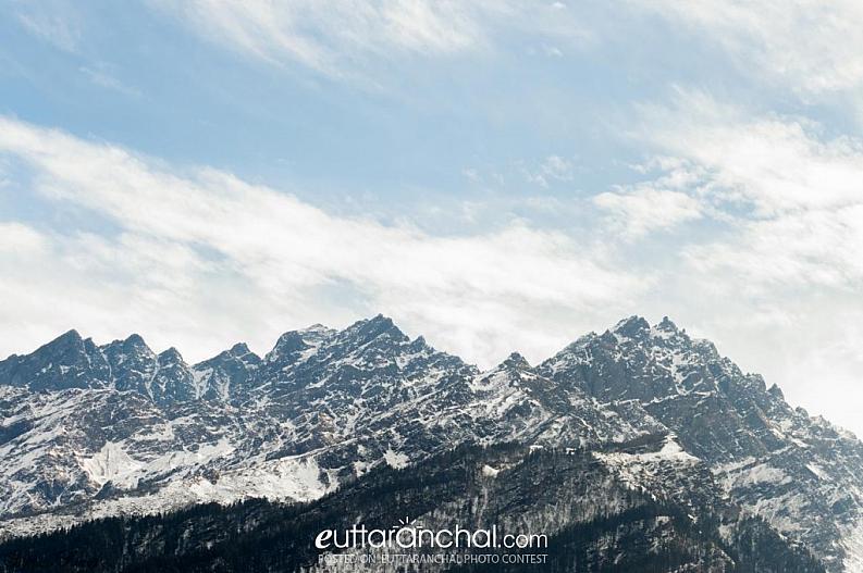 Mesmerizing view of Nanda Devi mountain ranges