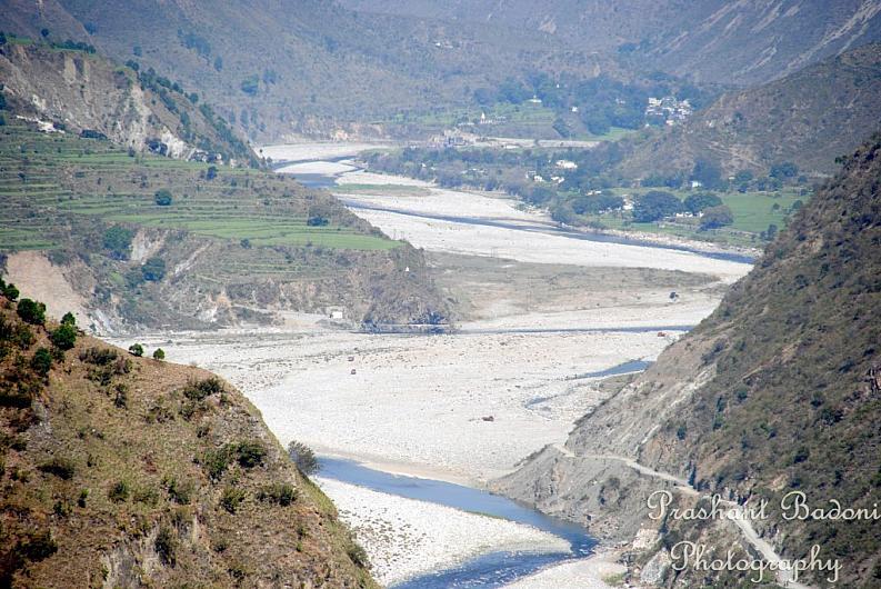 Kosi flowing near Betalghat