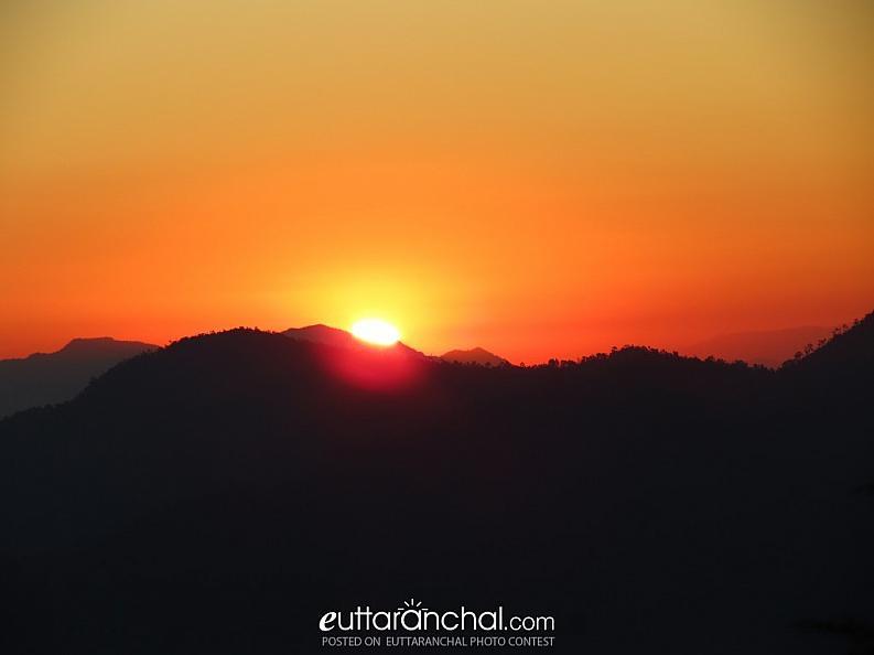 Sunrise in Binsar