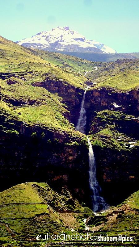 nature beautifull waterfalll