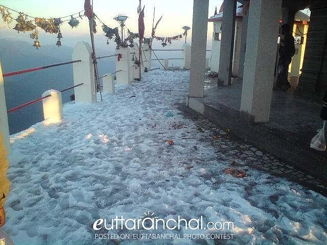 snow at chandrabadni mandir