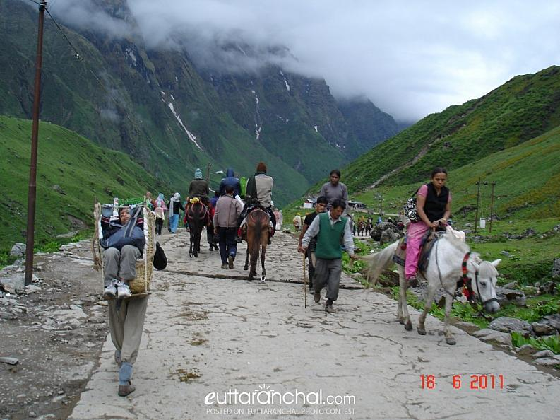 Treking to kedarnath