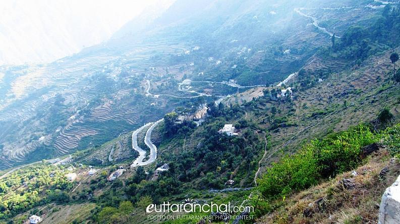 The Twisted Roads to Peaceful Heaven -Patalbhubaneshwar!