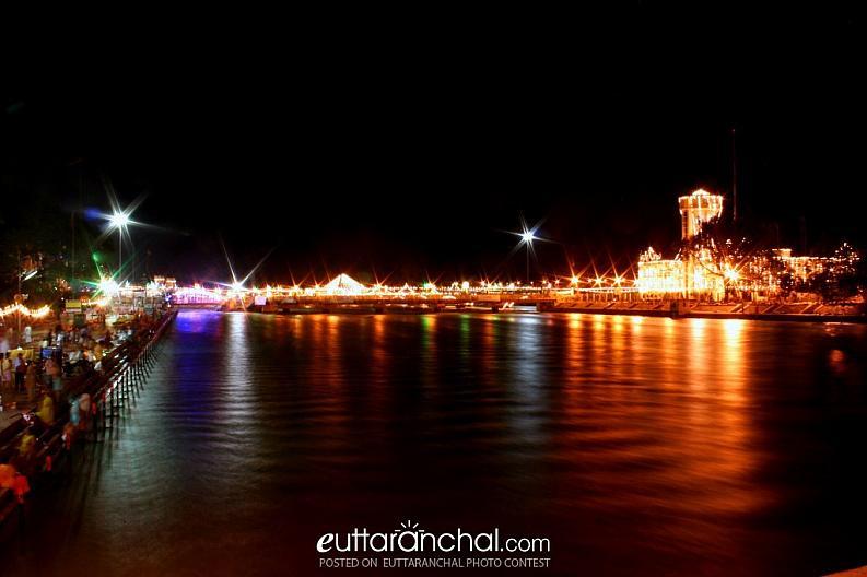 Reflections at Har ki Pauri