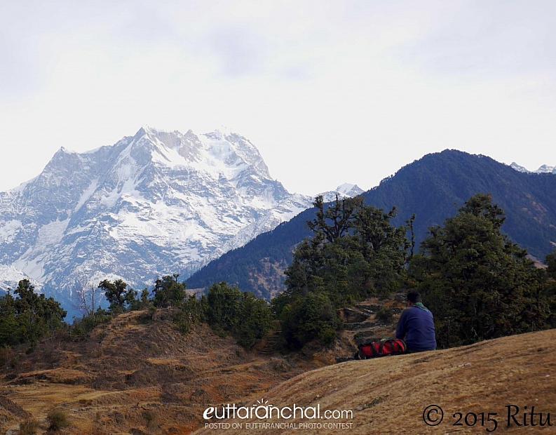 A seat overlooking Chaukhamba
