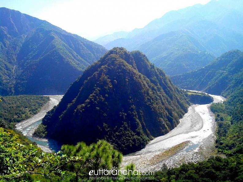 yamuna river beautiful curv..