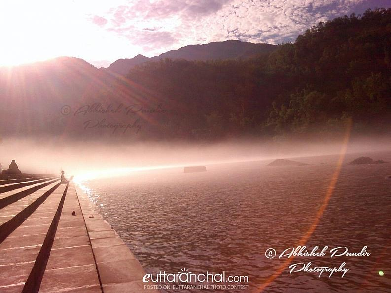 The serendity, the beauty of the ghats of Rishikesh !