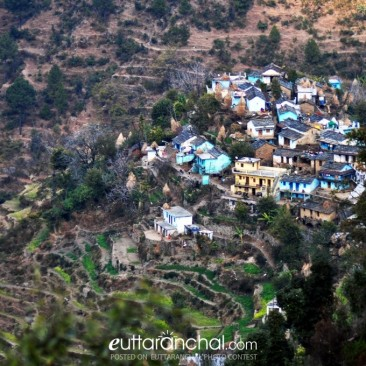 Panoramic view of a village in Gharwal