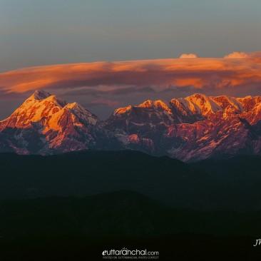 Sunset on Trishul peak