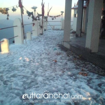 snow at chandrabadni mandir