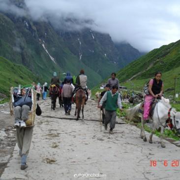 Treking to kedarnath