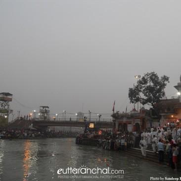 Ganga Ji Aarti at Hardiwar