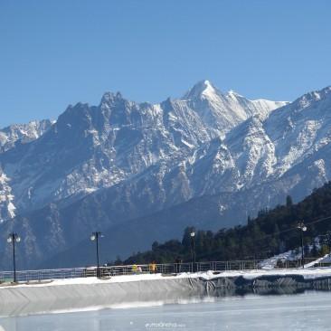 Snow capped Auli
